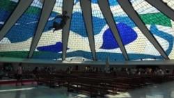 Brasilia's Dramatic Architecture Draws World Cup Tourists