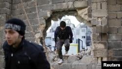 Halep'te çatışmaları sürdüren Özgür Suriye Ordusu savaşcıları