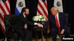 El presidente de Estados Unidos, Donald Trump, sostiene una reunión bilateral con el presidente de El Salvador, Nayib Bukele, durante la sesión de la Asamblea General de las Naciones Unidas (AGNU) Nueva York, Estados Unidos, el 25 de septiembre de 2019.