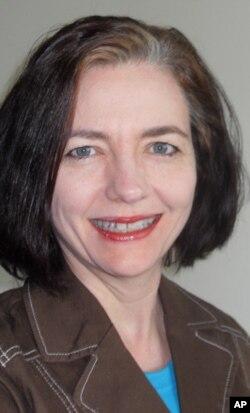 罗特格斯大学新闻学副教授苏珊·基斯