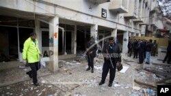 İslamabad'da bombalı saldırıya uğrayan mahkeme binası
