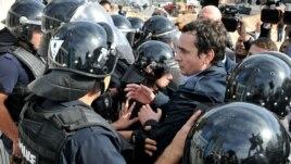 Gjykata e Apelit ndërpret masën e arrestit shtëpiak ndaj Albin Kurtit