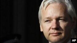 Julian Assange permanece en la embajada de Ecuador en Londres desde el 19 de junio.