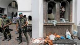 Destrozos en la iglesia de San Antonio, Kochchikade tras un ataque con explosivos en Colombo, Sri Lanka, el domingo 21 de abril de 2019. El gobierno impuso un toque de queda tras los ataques a iglesias y hoteles que dejaron al menos 200 muertos y más de 400 heridas.