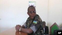 Lt Col Rugigana ubwo yitabaga mbere urukiko (VOA Archive)