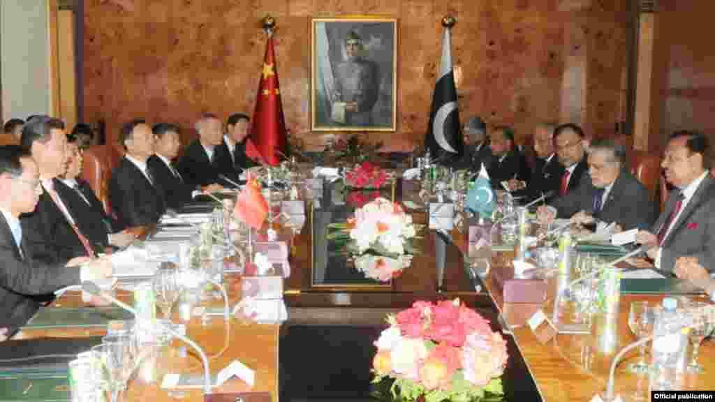 ایشیا میں اقتصادی ترقی پاکستان اور چین کی منزل ہے اور دونوں ممالک اپنی دوستی کو مزید مستحکم بنانے کے لیے کوشاں ہیں۔
