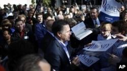사우스 캐롤라이나에서 선거 유세를 하는 미트 롬니 후보