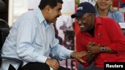 Maduro y Aristóbulo Istúriz argumentó que muchas de las aspiraciones del pueblo están contenidas en el presupuesto nacional y con ello se asegura que seguirá la inversión social.