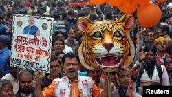 کولکتہ میں بھارتیہ جنتا پارٹی کے کارکنوں کی جانب سے حکومت کے حق میں مظاہرہ