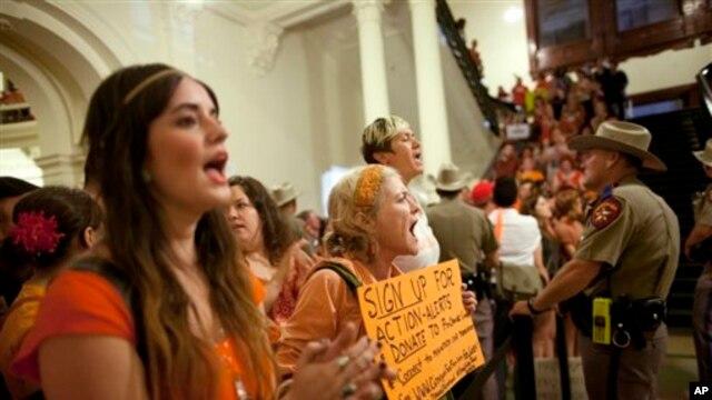 Teksasi miraton kufizime të reja për abortet