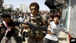 也門反政府示威持續不斷。