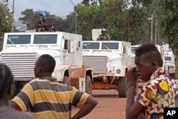Forças de Paz Francesas patrulham Bangui. 30 Setembro 2015