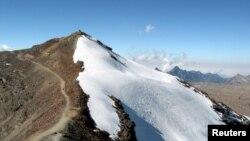 Pegunungan Andes, tempat perkampungan purbakala tertinggi di dunia dilaporkan berada.