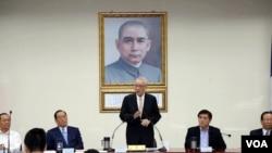 台灣國民黨主席吳敦義2017年10月18日在國民黨中央黨部。 (國民黨提供)