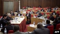 Sénat ya RDC eyambi mokambi ya FMI (Fonds monétaire international) na Kisnhasa, 25 mai 2009.