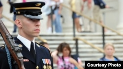 在美国,每年五月第三个星期六是军人节(美军官网图片)