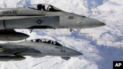 جنگنده های اف ۱۸ آمریکا، جنگنده سوخو ارتش سوریه را هدف قرار دادند.