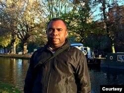 Direktur Perkumpulan Advokat HAM (PAHAM) Papua, Gustav Kawer. (Foto: Courtesy/Dok Pribadi)