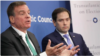 Сенаторы призвали выслать 300 дипломатов РФ в ответ на сокращение штата посольства США в Москве