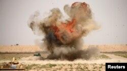 Учения на военной базе Таджи рядом с Багдадом (архивное фото)