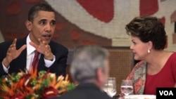 Luego de sus primeras declaraciones a la prensa, los presidentes compartieron un almuerzo típicamente brasileño.