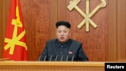 북한 김정은 국방위 제1위원장이 1일 오전 '조선중앙TV'를 통해 육성으로 신년사를 발표했다.