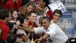 Περιοδεία Ομπάμα για προώθηση Δημοκρατικών υποψηφίων