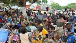 Refugiados expulsos de Angola por garimpo ilegal - 1:39
