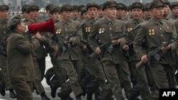Bắc Triều Tiên có thể tự sụp đổ nếu tiếp tục dốc hết nguồn lực hiếm hoi vào chương trình hạt nhân và quân sự