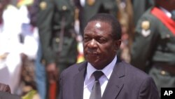 Emmerson Mnangagwa, le vice-président du Zimbabwe lors d'une cérémonie nationale, à Harare, le 7 décembre 2014.