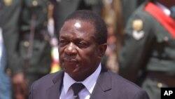 Emmerson Mnangagwa, l'ancien ministre de la justice avait été nommé vice-présidente du Zimbabwe en remplacement de Joice Mujuru.