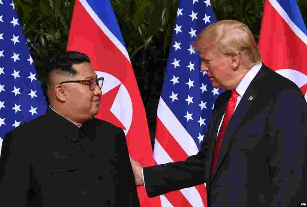 رهبر کره شمالی در این دیدار گفت امیدواریم بتوانیم تمامی سوء تفاهم هایی که قبلا میان دو کشور وجود داشته است را برطرف کنیم.
