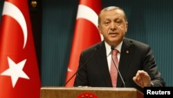 Dalam pidato yang disiarkan televisi Rabu (20/7) malam, Presiden Erdogan mengumumkan negara dalam keadaan darurat (20/7).