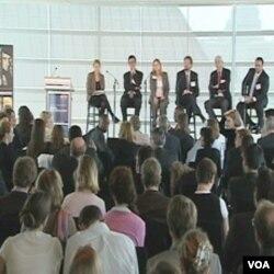 Sa panela novinara i eksperata za medije na kojem je u Washingtonu razgovarano o izvještavanju i promoviranju mira