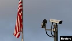 駐日內瓦美國使團辦公處外的監控攝像頭。(資料圖片)