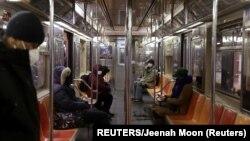 Sistem angkutan umum bawah tanah (subway) di kota New York (foto: ilustrasi).