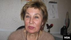 """Председатель """"Солдатских матерей СПб"""" Элла Полякова"""