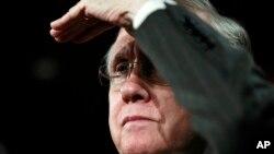 """Chủ tịch phe đa số Dân chủ ở Thượng viện Harry Reid nói với các nhà báo rằng hai bên đã """"đạt được tiến bộ đáng kể"""", hướng tới một thỏa thuận."""