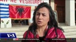 Emigrantët në Greqi në ndihmë të të prekurve nga termeti