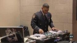 Ближче до громади: Лейтенант поліці вдень, DJ ввечері. Відео