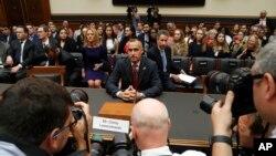 Corey Lewandowski tesmunha ante o Comité de Justiça na Câmara dos Deputados