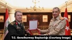 Genelkurmay Başkanı Orgeneral Hulusi Akar ve Irak Genelkurmay Başkanı Osman Ganimi
