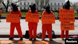 مخالفت ها با زندان گوانتانامو در امریکا وجود داشته است