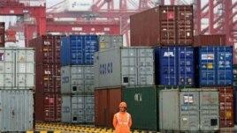 Nhiều khu vực sản xuất ở Trung Quốc đang bị thặng dư trong lúc nhu cầu ở nước ngoài tiếp tục yếu kém