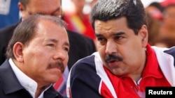 Los presidentes de Nicaragua, Daniel Ortega, y de Venezuela, Nicolás Maduro, le lanzaron un salvavidas al fugitivo Edward Snowden.