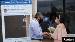 疫情拆散異國伴侶 '莫把愛侶當遊客'運動盼網開一面