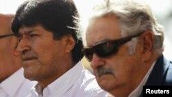 Los presidentes de Bolivia,Evo Morales, y de Uruguay, José Mujíca, avalaron las decisiones políticas de Venezuela ante la ausencia de Chávez.