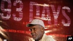 L'acteur Danny Glover arrive lors d'une conférence de presse sur le film 93 days à Lagos, Nigeria, le 10 septembre 2015.