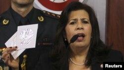 La ministra de Defensa de Paraguay, María Liz García, difundió unos videos en los que el canciller venezolano, Nicolás Maduro, se reunía con mandos militares paraguayos para, presuntamente, instarlos a respaldar a Lugo.