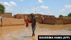 Inondations à Niamey: les sinistrés craignent le pire